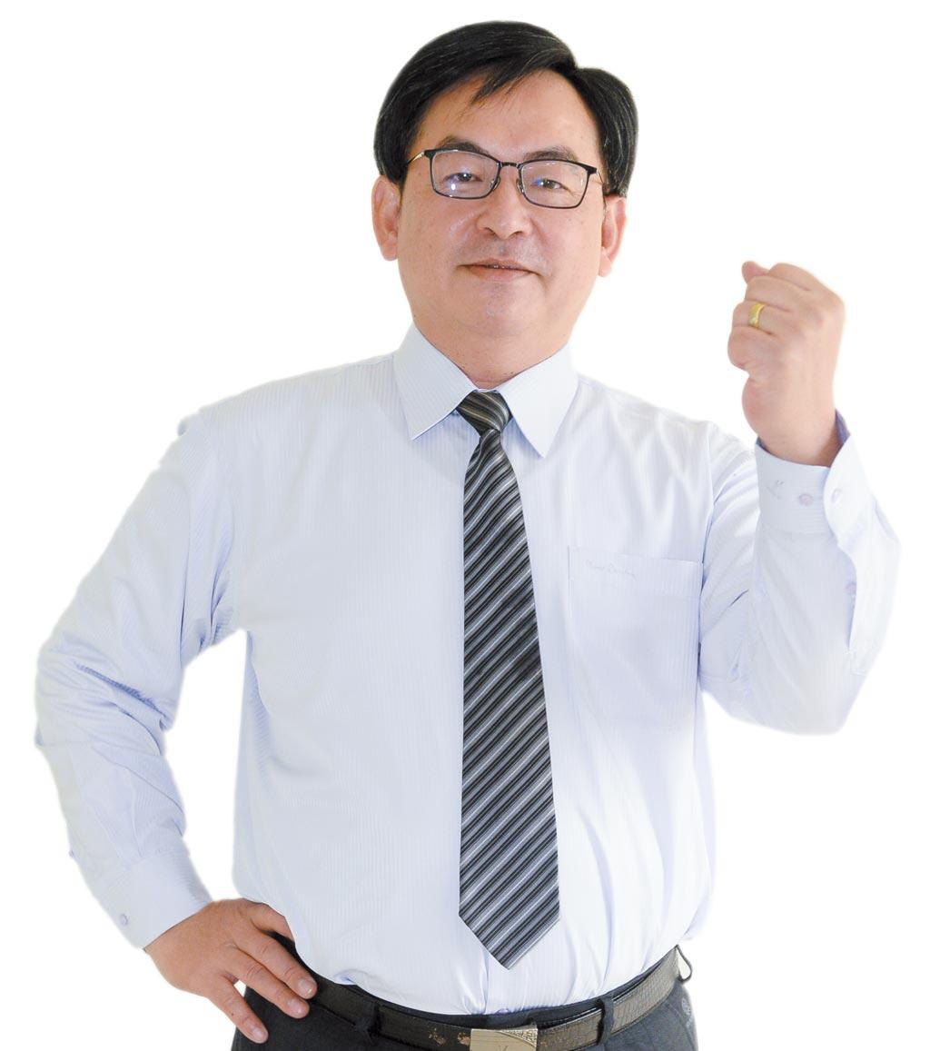 倫元投顧分析師陳學進
