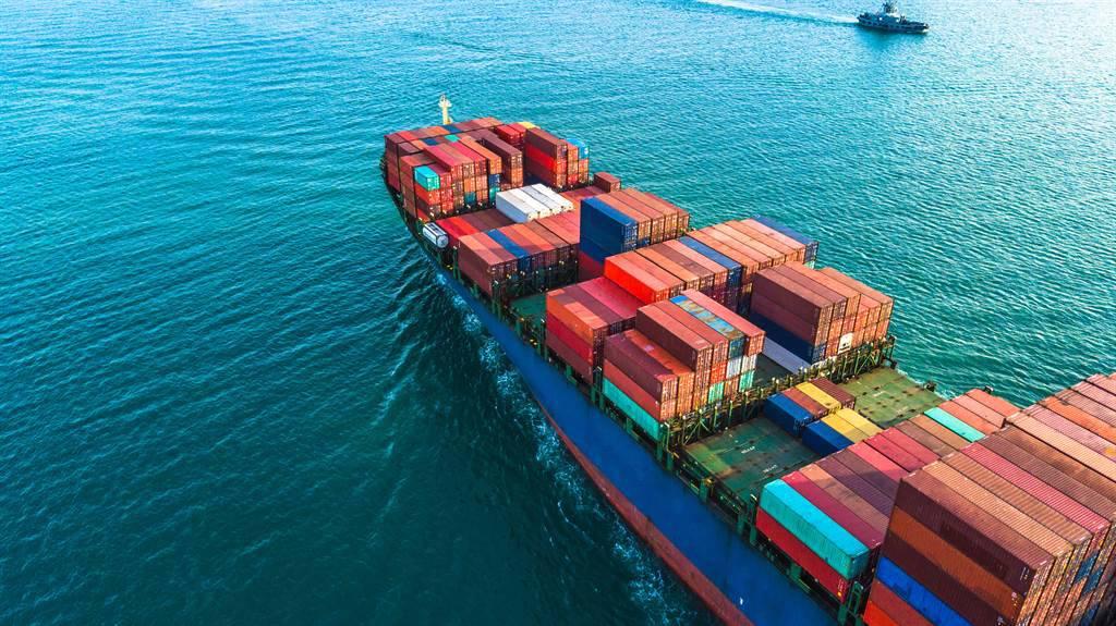 對達飛、赫伯羅德等大型歐系航商相繼凍漲即期運價,萬海則稱尚在觀察市場變化。(示意圖/達志影像/shutterstock)