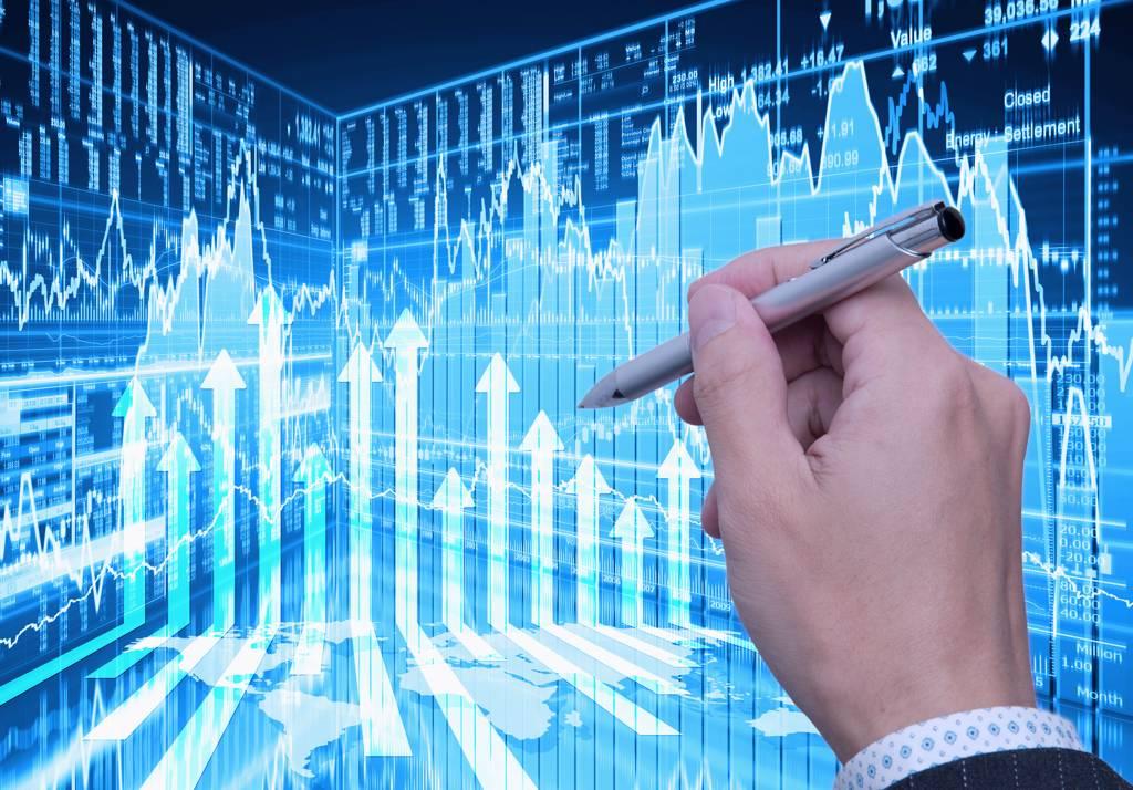 投信認為消費性電子旺季來臨,第四季投資可布局資訊科技股票基金掌握利多契機。(示意圖/達志影像/shutterstock)