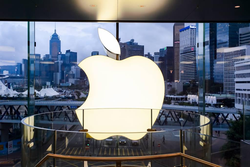 由於蘋概股股價基期相對較低,加上拉貨潮有望帶動營收成長動能,吸引外資買盤進駐。(示意圖/Shutterstock)