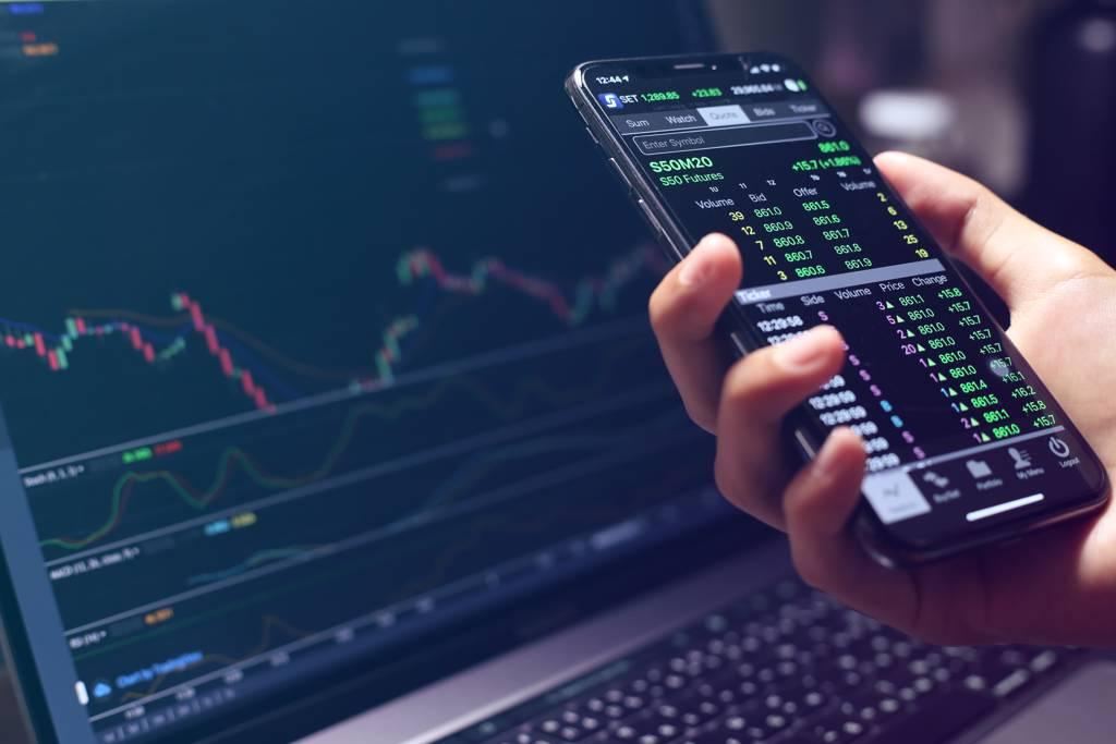 投信法人認為,對市場前景仍保持正向的前提下,建議以可轉債的方式布局。(示意圖/達志影像/shutterstock)
