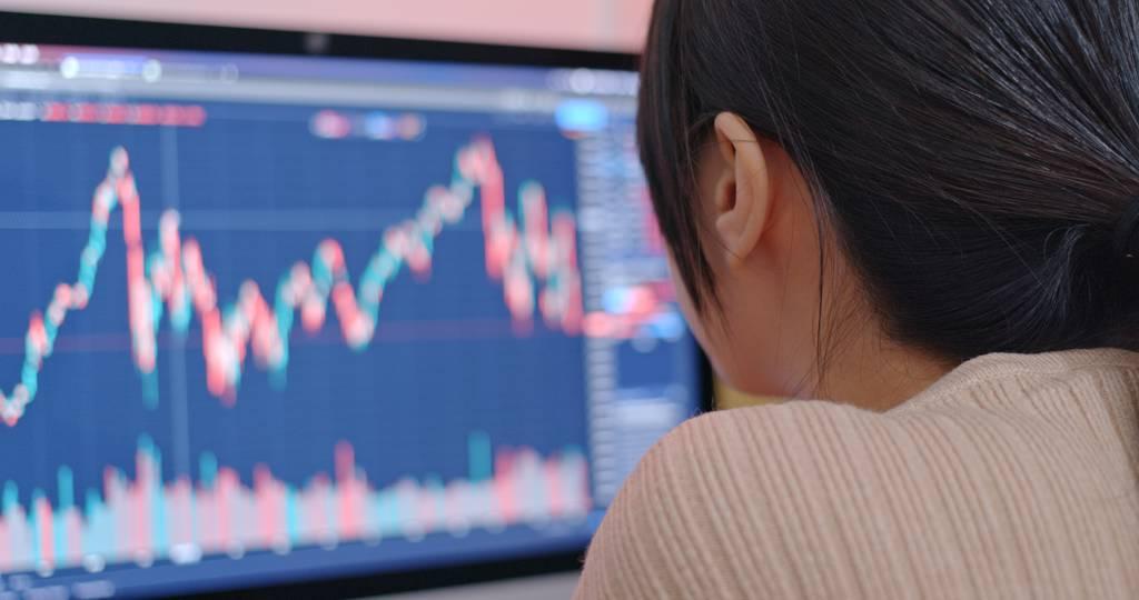 市場擔憂,後續債務處理及中國大陸經濟對全球金融體系衝擊程度仍是未知數。(示意圖/達志影像/shutterstock)