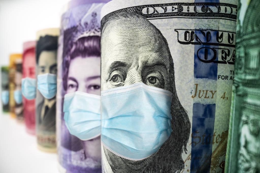 新台幣匯價連2日貶破28元大關,外資何時終止在台股提款成關鍵。(示意圖/達志影像/Shutterstock)