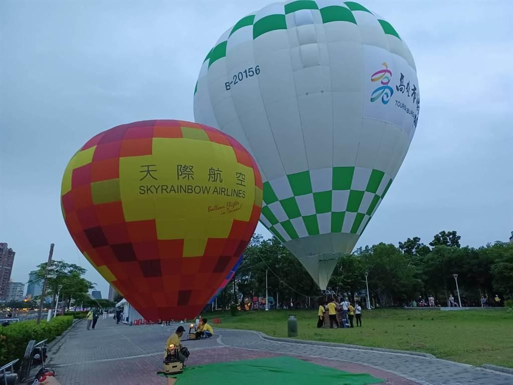 高雄遊程限定,高雄券第二波再祭15萬份。圖為高雄熱氣球。(曹明正攝)