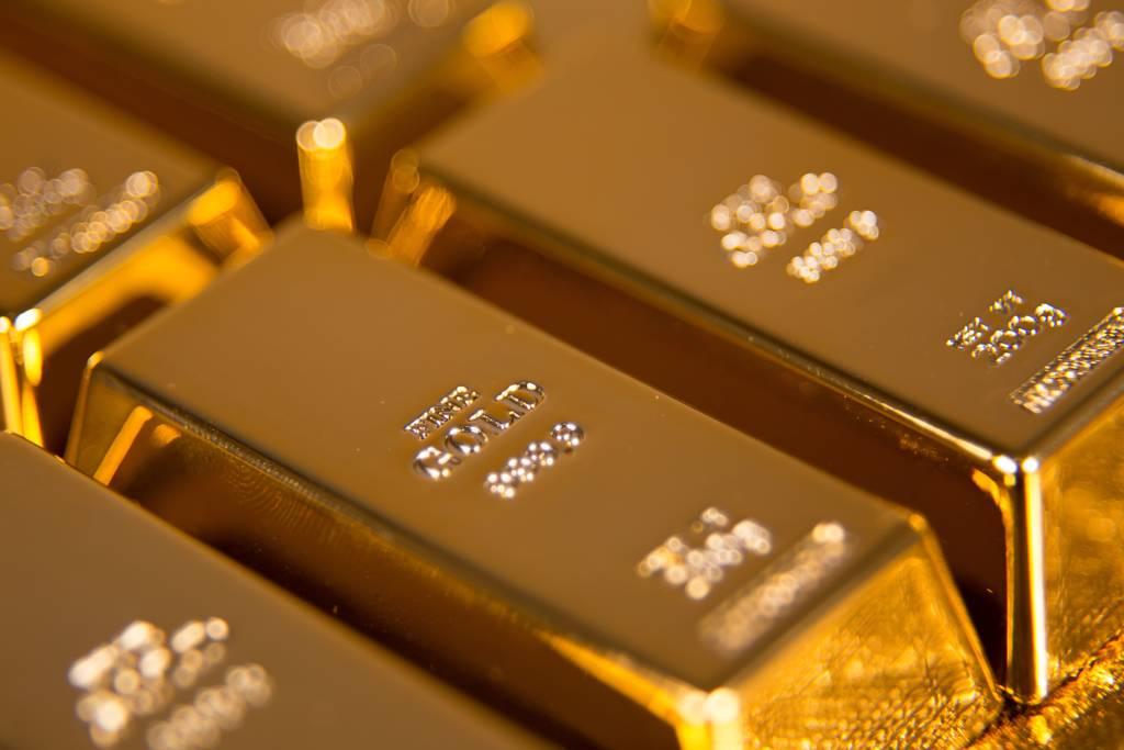 法人認為,第四季是黃金傳統需求旺季,價格可望回溫。(示意圖/達志影像/shutterstock)