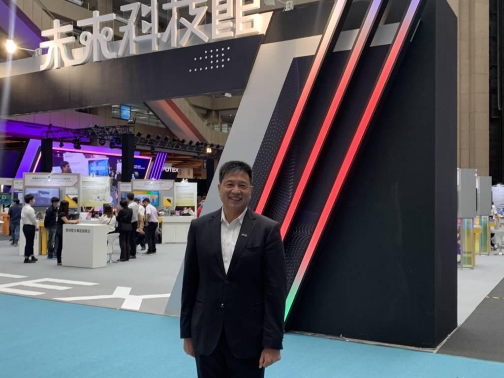 台灣技術博覽會/未來科技館開展,友達董事長彭(又又)浪針對友達近期展望受訪。(記者莊丙農攝)