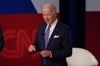 拜登表示,將延後公布前總統甘迺迪遇刺事件的相關機密文件。(圖/美聯社)